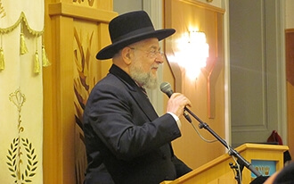 הרב ישראל לאו ביקר בוינה