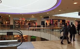 מרכזי קניות בוינה