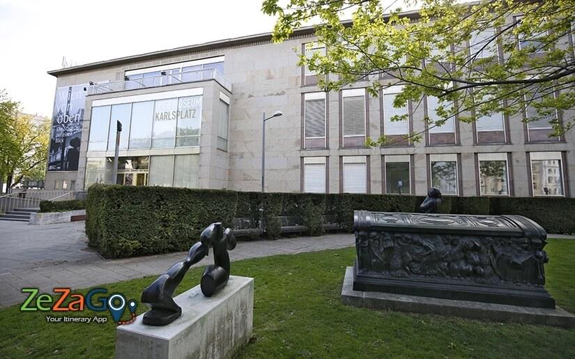 גן הפסלים מול מוזיאון וינה