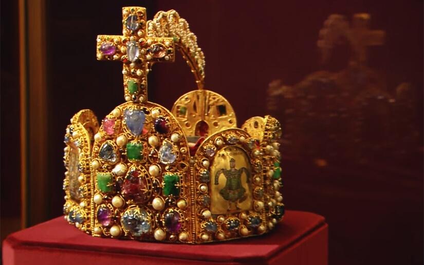 לראות את היהלום שבכתר
