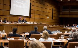 """סיור מודרך בבניין האו""""ם - United Nations Complex Tours"""