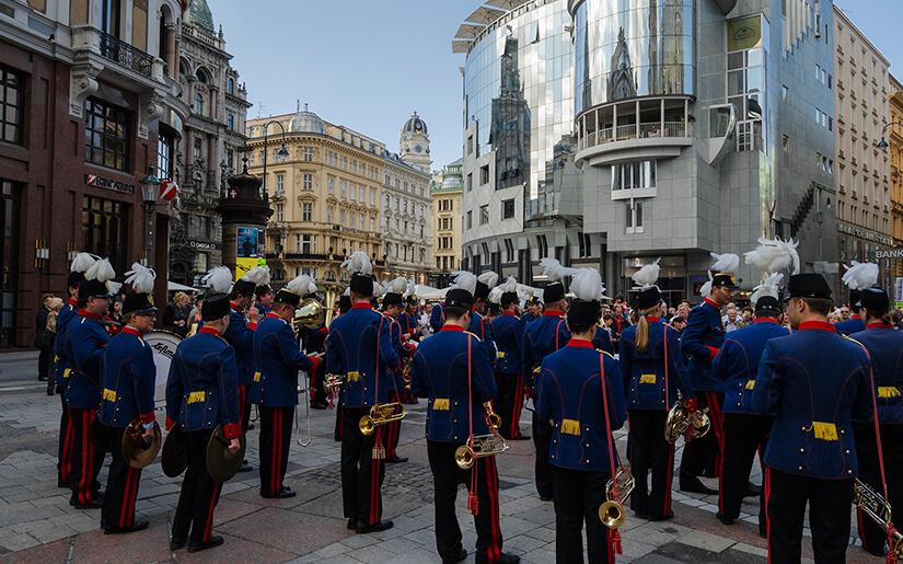 תזמורת וינה בכיכר סטפנוס הקדוש (סטפנפלאץ)