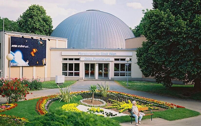 Planetarium_Wien_Aussenansicht  (c) Planetarium Wien