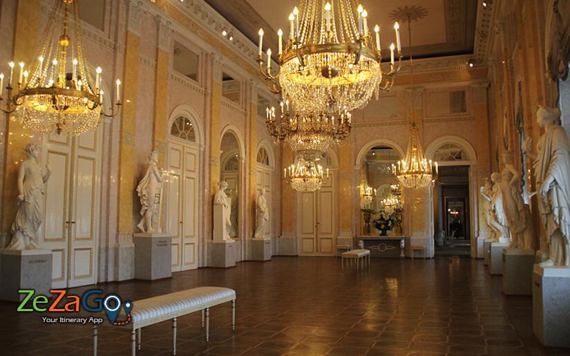 מוזיאון סיסי בארמון הופבורג