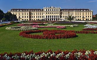מארמון שנברון לבית הקונצרטים של וינה