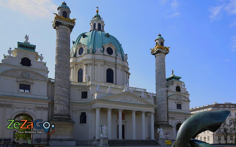 כנסיית קארלס (Karlskirche) - כנסיה בסגנון בארוק