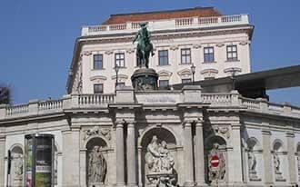 מבנים היסטוריים בוינה
