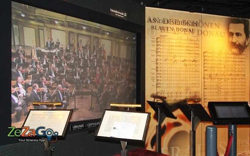 לנצח על התזמורת של וינה