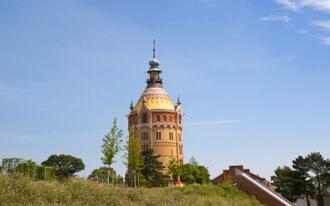 מגדל המים - Wasserspielplatz