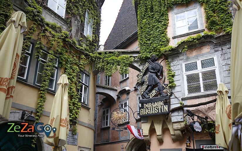 פונדק הבית בו שהו מפורסמים כמו בטהובן, מוצרט ועוד...